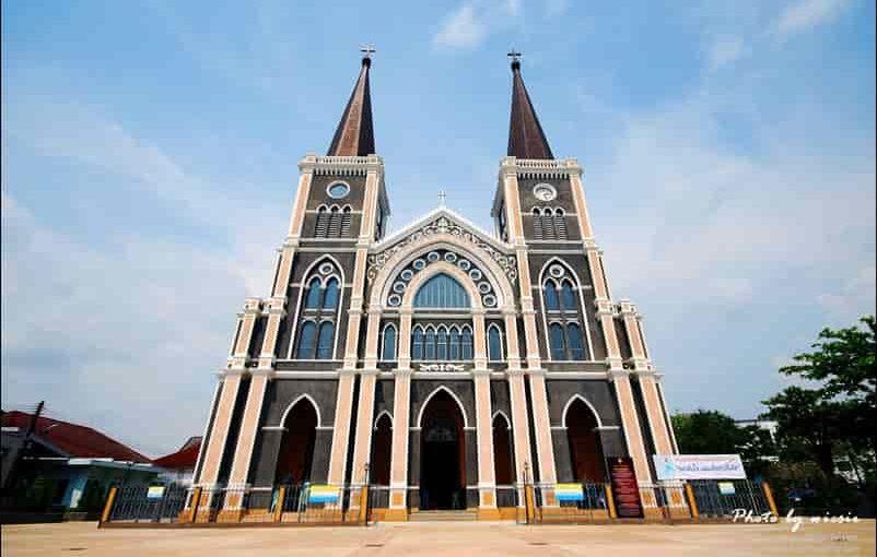 โบสถ์ สถานที่นมัสการพระเจ้าศูนย์รวมใจของชาวคริสต์